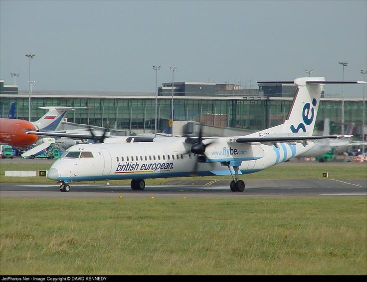 De Havilland Canada DHC-8-402Q Dash 8, Flybe, G-JEDK, cn 4065, 78 passengers, first flight 3/2002, Flybe delivered 23.4.2002, next Jambojet (delivered 14.11.2014), active. Foto: Dublin, Ireland, 28.10.2002.
