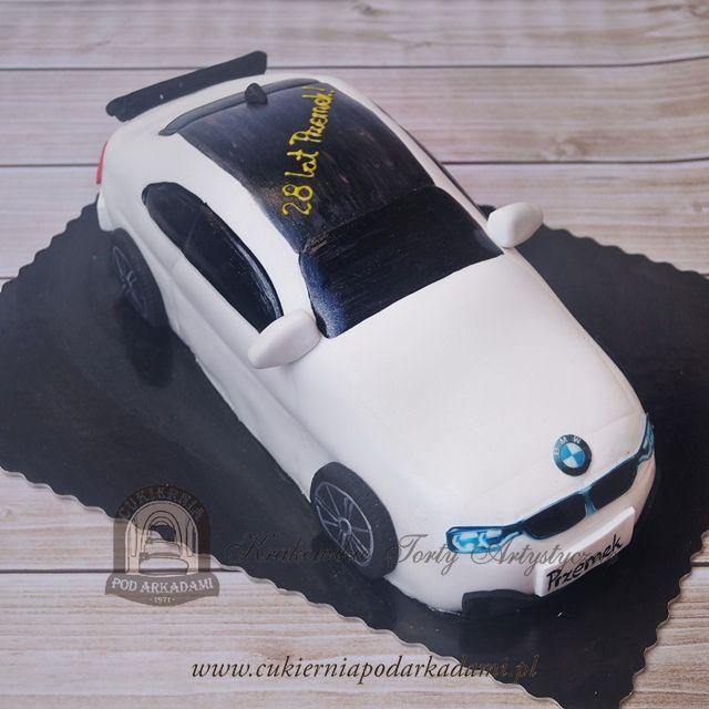 45BA. Tort w kształcie samochodu BMW.BMW car shape cake for birthday party.