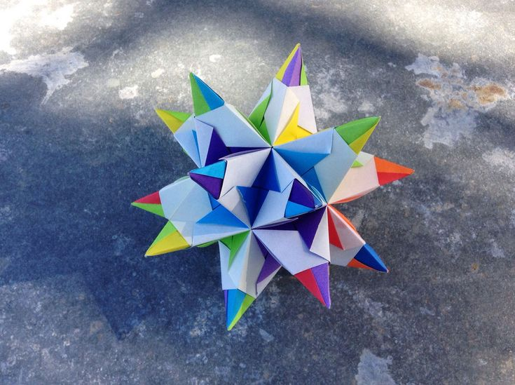 Origami Bascetta Star designed by Paolo Bascetta, and folded by Evan Zodl.