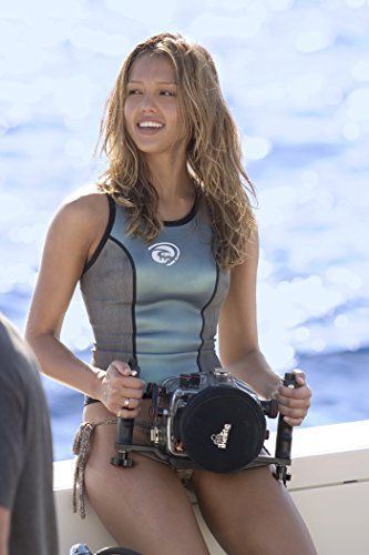 Jessica Alba in Into the Blue (2005)