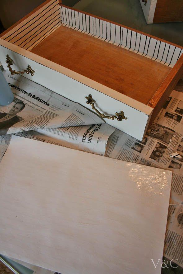 Cómo forrar cajones con papel [] Lining drawers with paper