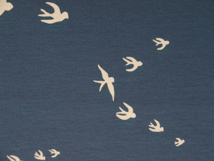 Stoff Vögel - Jersey Schwalben dunkleres blau - ein Designerstück von Mai-Lu bei DaWanda