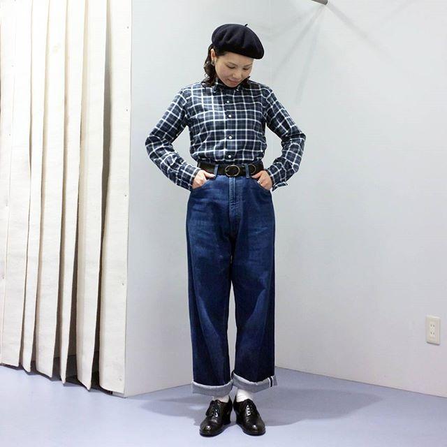 Today's style Shirt: anatomica #weekendshirt Pants: anatomica #618marilyn Shoes: anatomica #alhambra Beret: anatomica #basqueberet #anatomica #anatomicaladies #anatomica_tokyo #anatomica_kobe #anatomican #anatomicanagoya #アナトミカ