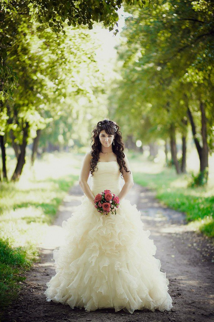 Pale Yellow Wedding dress I like the style not so much the color
