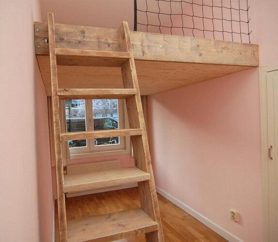 25 beste idee n over jongens hoogslapers op pinterest kinderen zolder slaapkamers kind - Kind mezzanine slaapkamer ...