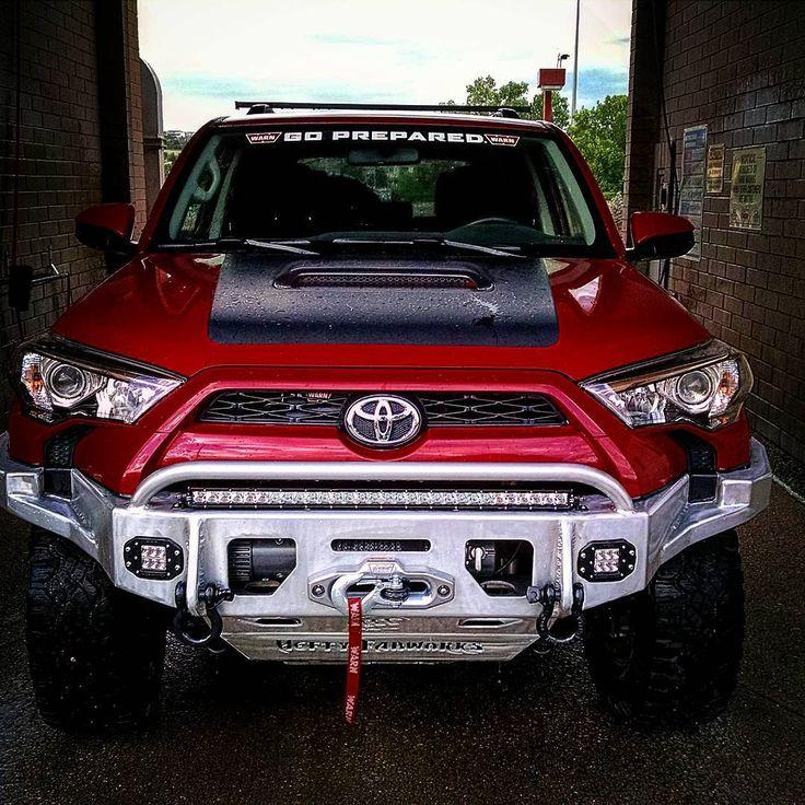 Used Toyota 4 Runner: 1000+ Ideas About 2010 Toyota Tundra On Pinterest