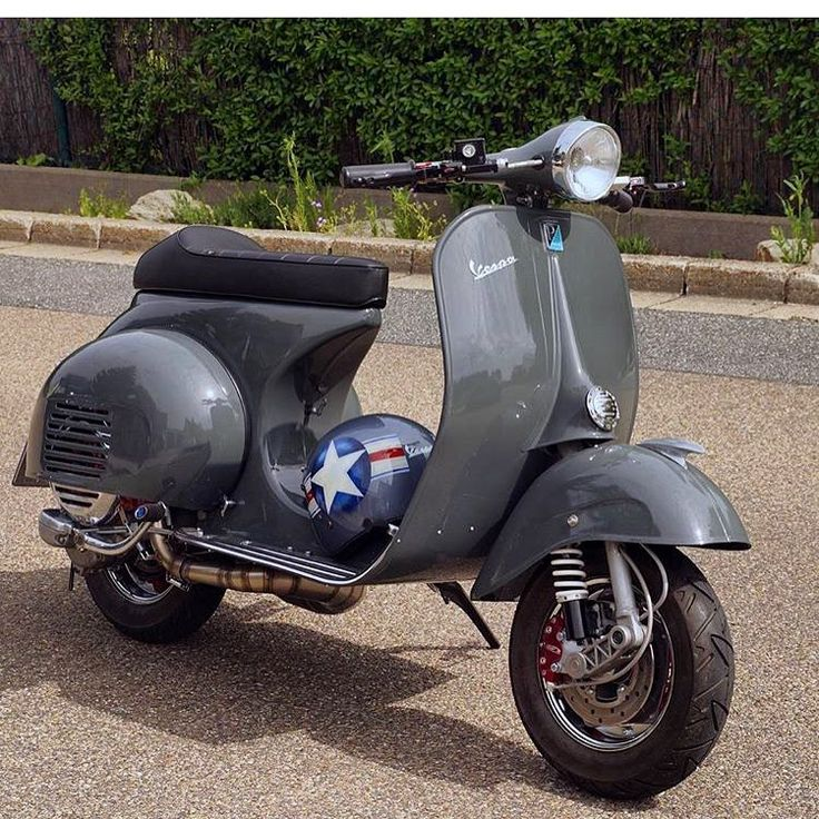 """1,528 Likes, 18 Comments - British Scooter Style (@britishscooterstyle) on Instagram: """" Check out @peternuspl 's build, many more photos on his feed. We love it! #Vespa #Vespagram…"""""""