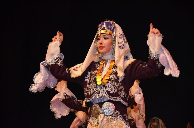 Ege Üniversitesi Türk Halk Dansları Topluluğu Gösterisi