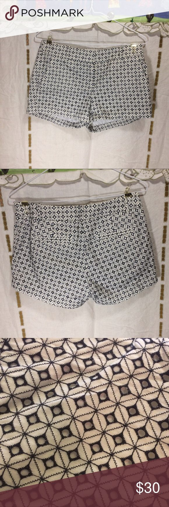 """J. Crew black and white shorts Woman's size 0 J. Crew black and white shorts new with tag. Black and white. The waist measures 15"""" flat across, the rise is 8"""" and the inseam is 2 3/4"""". J. Crew Shorts"""