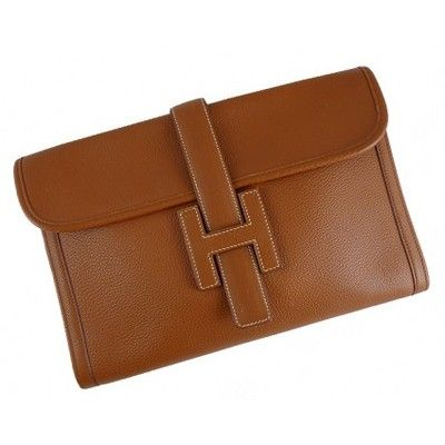 HERMES CLUTCH... I sooooooo badly want this, but scared to even know the price:)