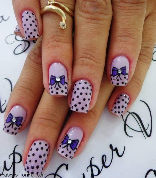 nails with bows and polka dots. My favorite things.