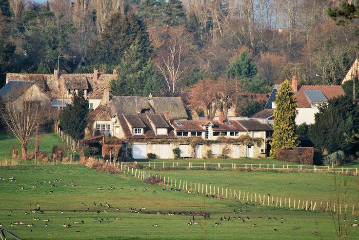 Montfort-l'Amaury, Les Mesnuls