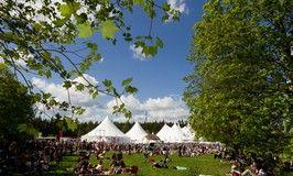 Fühlt sich an wie Klein-Woodstock. Einmal das internationale Kultur und Theaterfestival auf der Ginsberger Heide mit erleben! Immer zu Pfingsten...