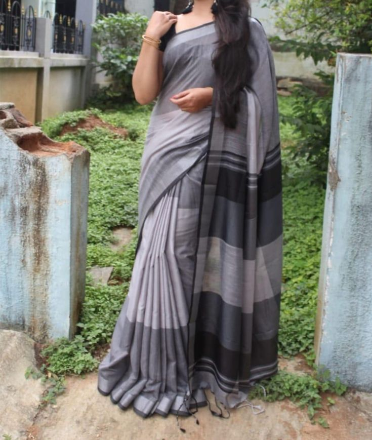 New Look Linen Grey & Black Color Saree