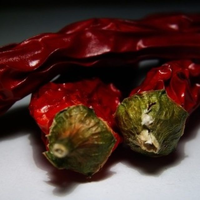 Capture all the heat of hot chili peppers for use in recipes.