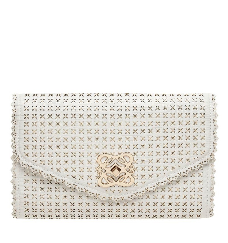 Olivia Cut Out Clutch - Forever New <3