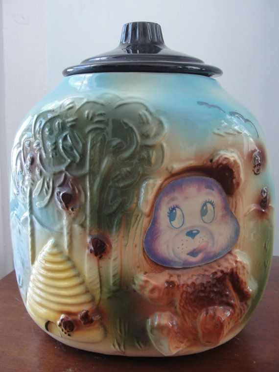 Antique cookie jar Bear and Beehive 1940's by BarnshopAntiques