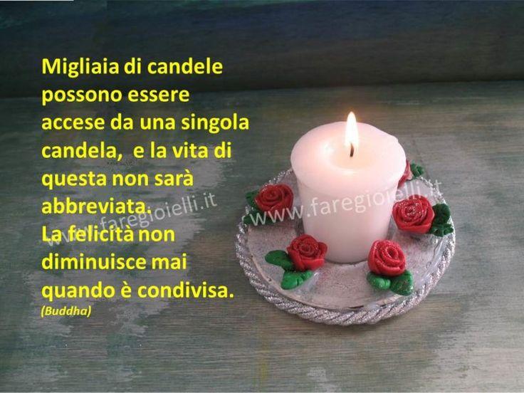"""Frase Del Giorno 2.17-Lavori Con Il Fimo – Con le rose di fimo si possono creare molti oggetti; gioielli, portachiavi, ecc. Giorgia (classe 3°B) le ha utilizzate per decorare un portacandela. Guarda come fare le rose con il fimo. Frase del giorno: """"Migliaia di candele possono essere accese da una singola candela, e la vita di questa non sarà abbreviata. La felicità non diminuisce mai quando è condivisa."""" (Buddha)"""