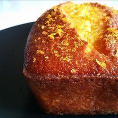 Le fameux Gâteau à l'orange de la Mère Blanc, qui tient son nom de la grand-mère de Georges Blanc, chef français 3 étoiles. La recette est juste parfaite !