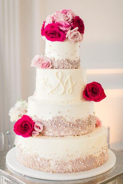 Swoon!! http://www.stylemepretty.com/little-black-book-blog/2015/02/26/modern-chic-philadelphia-wedding/ | Photography: Lauren Gabrielle - http://laurengabrielle.com/