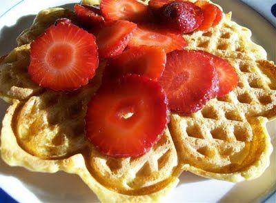 Quirky Cooking: Blender-Batter Brown Rice Waffles or Pancakes