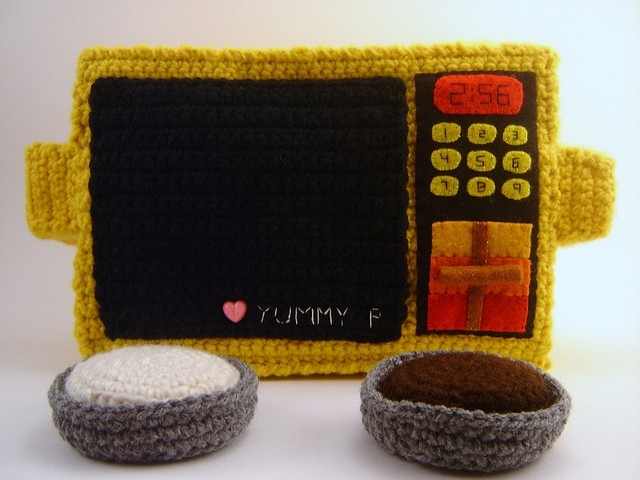 Crochet Easy-Bake Oven Plushie by Yummy Pancake, via Flickr