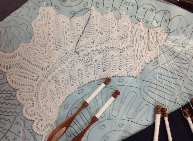 Hinojosa tape lace in process