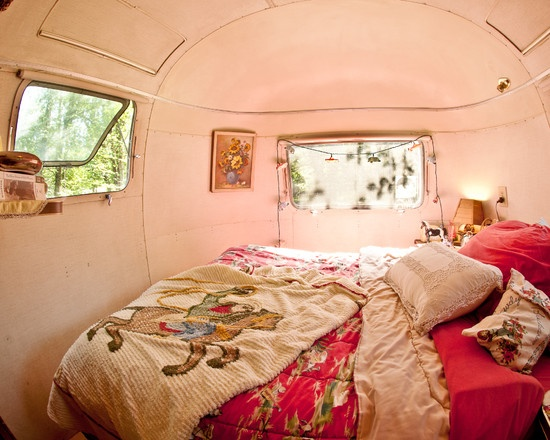 Airstream Bedroom: Ideas, Campers Dreamin, Campers Trailers, Campers Dreams, House, Airstream Dreams, Eclectic Bedrooms, Airstream Trailers, Vintage Campers