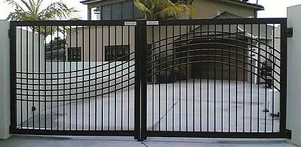 Green Garage Door & Gate Repair is a rising service provider, based in the Los Angeles. We have established this company to cater all the gate and security related services.