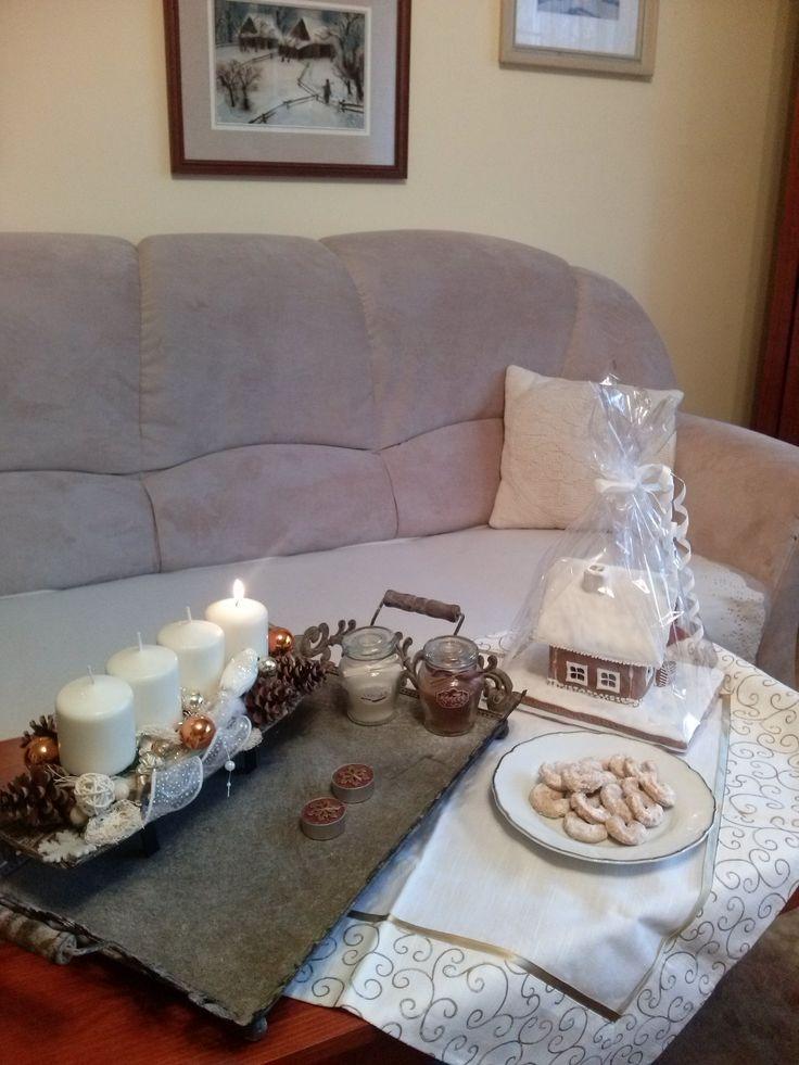 První Adventní neděle a první vánoční cukroví vanilkové rohlíčky