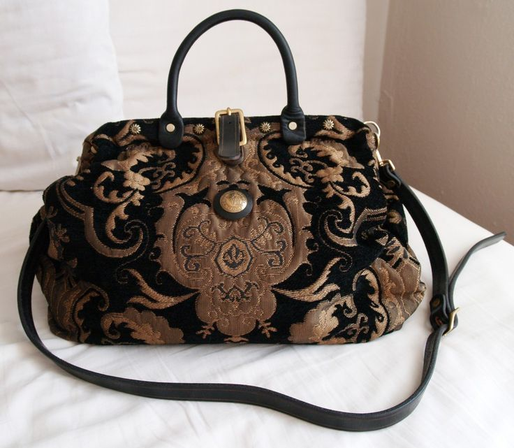 Victorian Traveler Carpet Bag Purse