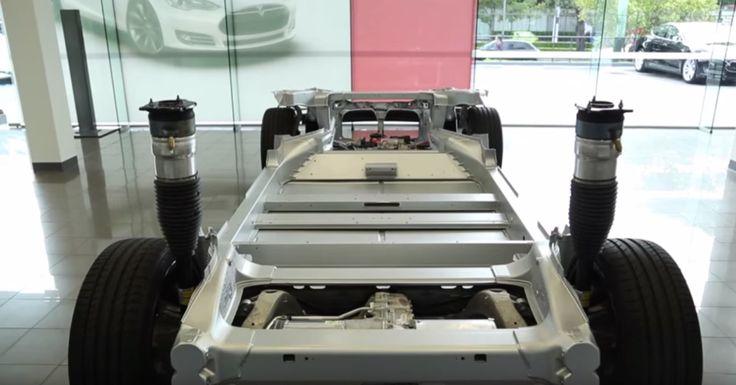 Le chassie d'une Tesla. L'assurance auto pour Tesla. http://blog.courtierweb.com