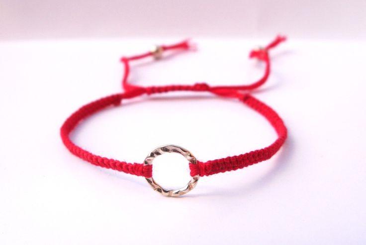 Bracelet tissé en coton rouge : Bracelet par callenana