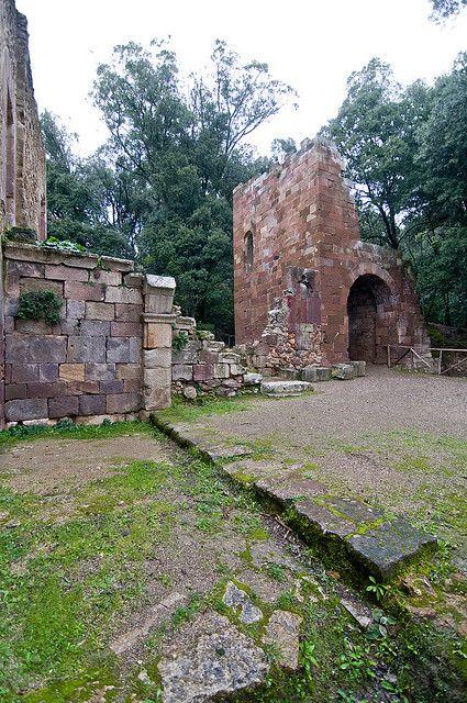 Ruderi del Castello Aymerich - Laconi, Sardinia, Italy