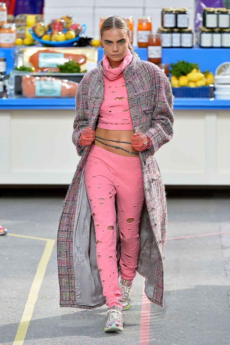 Your Hole-y Grocery-Shopping Sweats Are Chic, & This Is Proof #refinery29