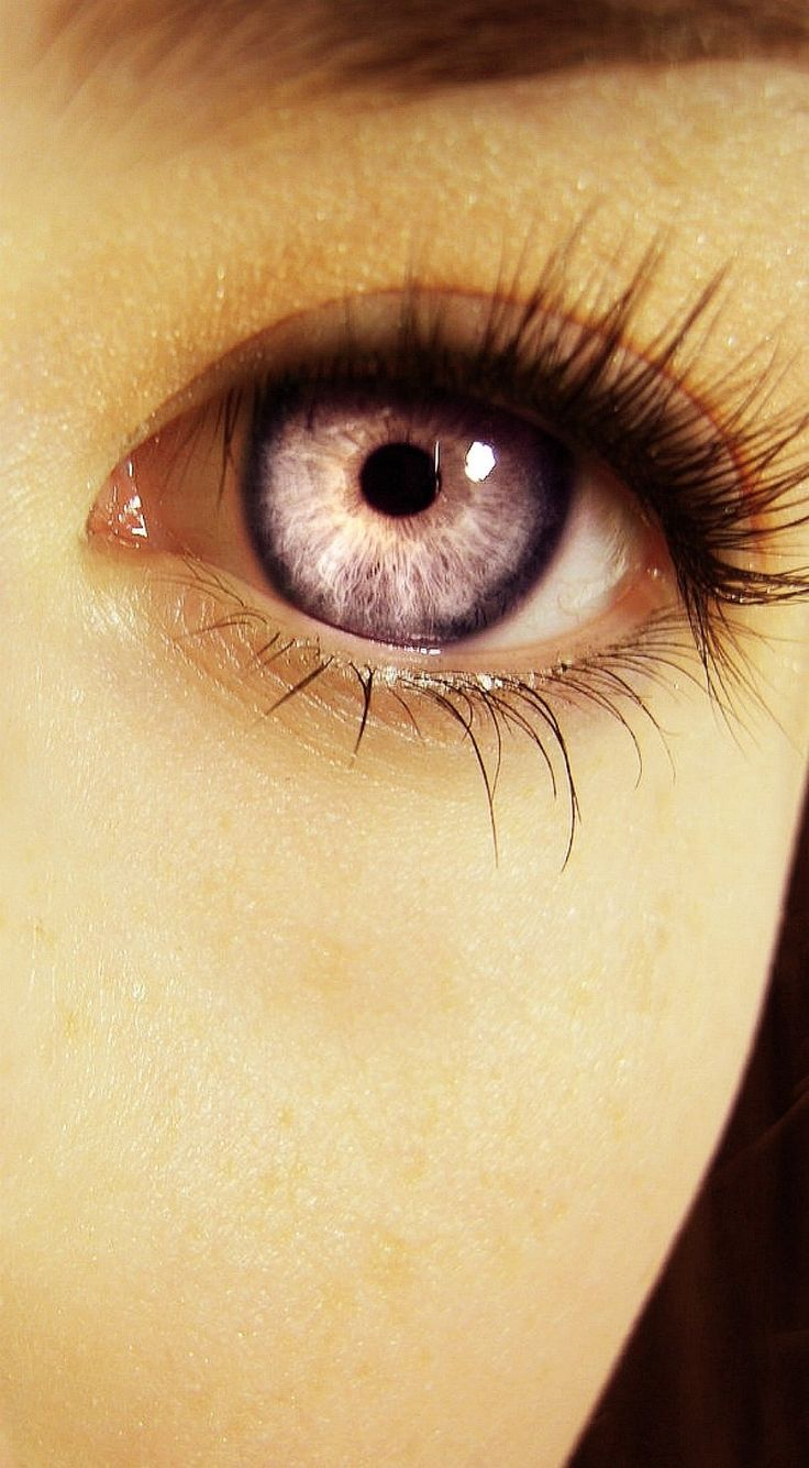 Online eye color changer - Kenna S Eye Betray Her Heritage