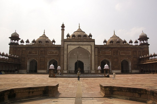 Jama Masjid at Fatehpur Sikri, near Agra . It was constructed in 1571 A.D. during the reign of the Mughal Emperor Akbar the Great .