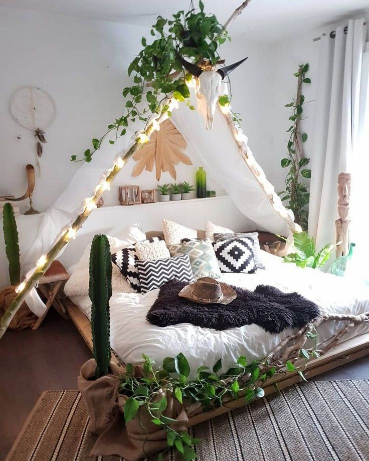 What's Hot on Pinterest: 7 Bohemian Interior Design Ideas