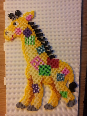 Girafe hama beads by Myosotis