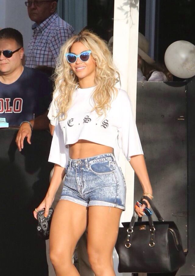 Beyonce She is a Fitness Queen. I love that she exercises and encourages others to live a healthy lifestyle.