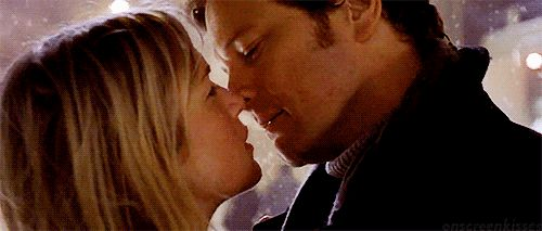 Pin for Later: The Best Movie Kisses of All Time Bridget Jones's Diary Bridget (Renée Zellweger) gets her Mr. Darcy (Colin Firth).