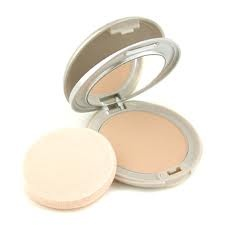 Kanebo Compact Powder/Foundation. A good staple to have in any make-up bag.