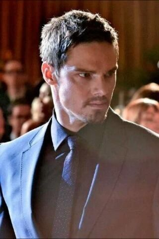 Jay Ryan! There is something sexy about a man in a suit with facial hair! Oh and he has a very sexy voice to go with it!