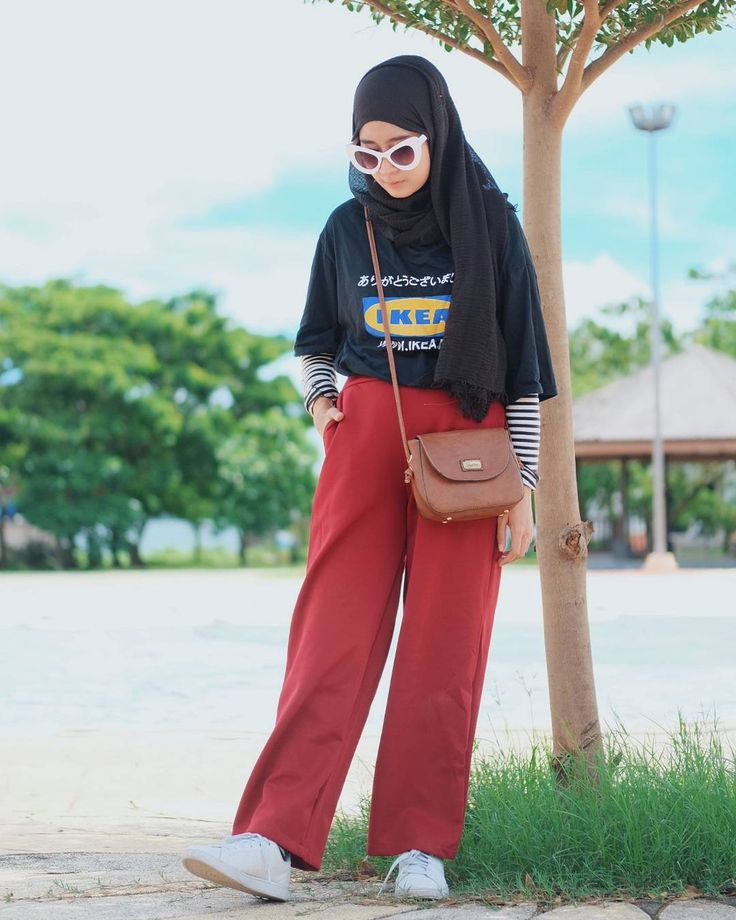"""3,507 Likes, 58 Comments - Nining 니닝 (@niningxx) on Instagram: """"This maroon cullotes from @missonlineshops is a must on your wardrobe  . . . Via…"""""""