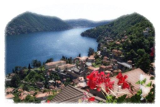 Il Lago di Como rappresenta una meta turistica rilevante dell'Italia con 1,2 milioni di visitatori per un totale di 3 milioni di presenze registrate nel 2011, di cui i ⅔ stranieri. Un trend positivo che ha potuto contare sul mercato degli affitti brevi presso case vacanze e residence, capace di registrare da solo il 10% delle presenze.
