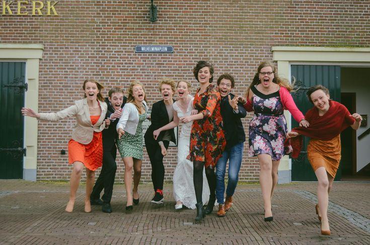 ingephotography.nl // fun wedding photos, groups, family, friends, familie foto's, groepsfoto's, bruiloft, vrienden, gek, gezellig, crazy, fun