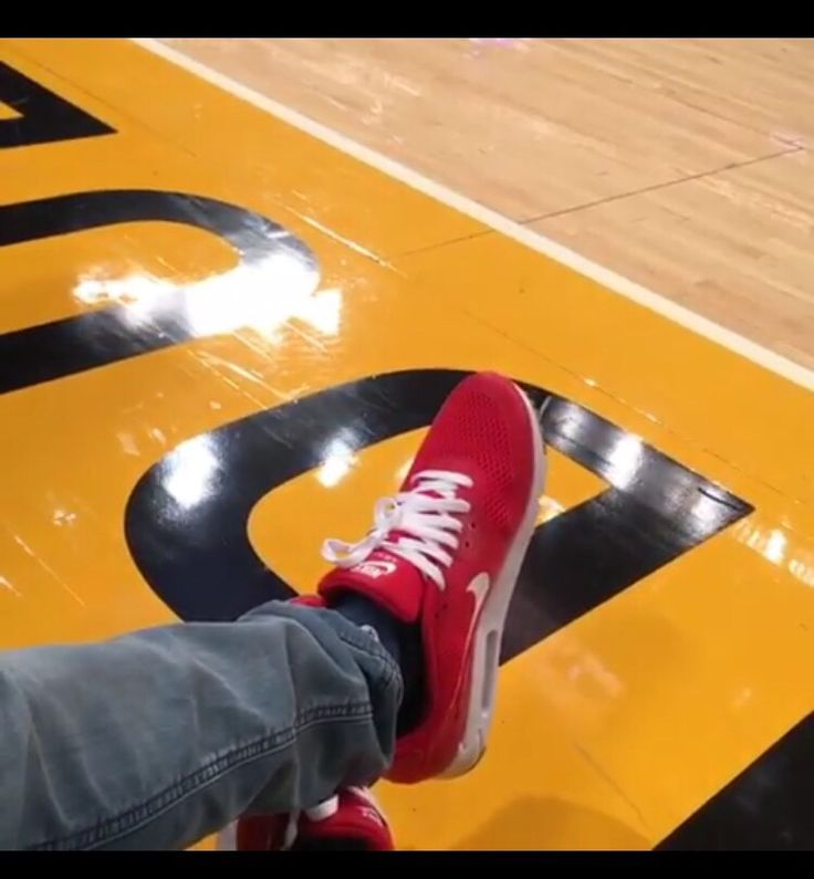 Can I get an ID on these sneakers that Rob Dyrdek had on at the Lakers game tonight?