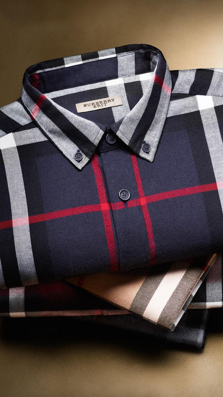 Burberry / A lightweight cotton flannel shirt.
