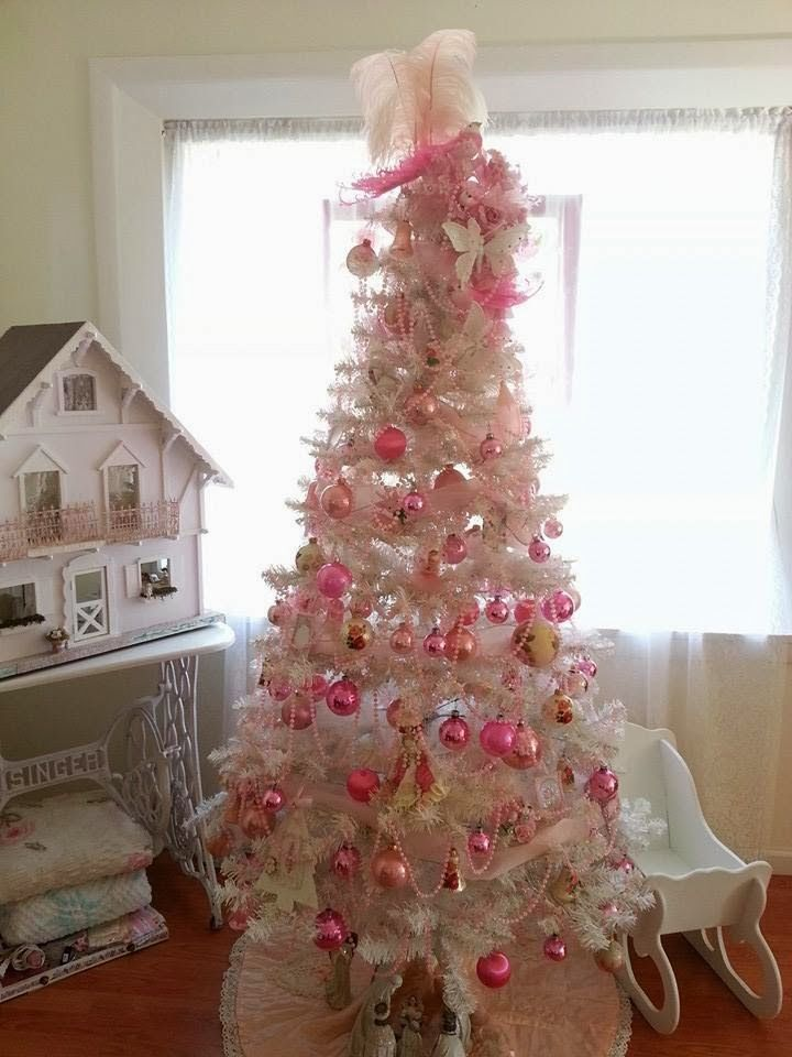 Oliviau0027s Romantic Home Shabby Chic Pink Christmas