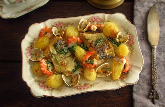 Cod in the oven with shrimp and clams | Food From Portugal